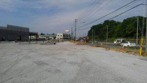 国道沿い 民地石基礎打設